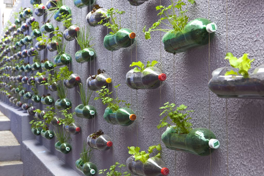Upcycled-Plastic-Soda-Bottles-Urban-Verticle-Garden